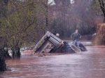 truck-on-a-flood